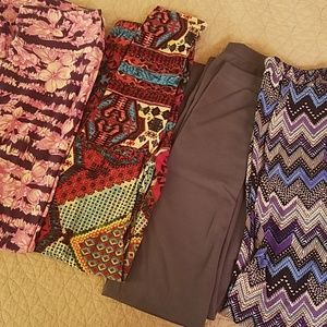 Bundle of 4 soft leggings
